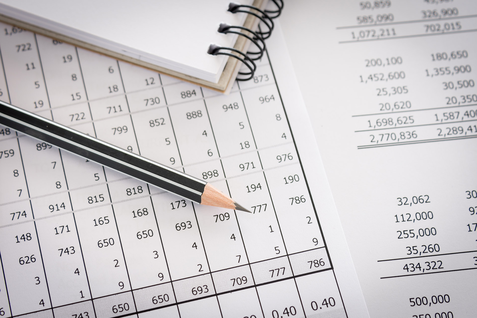 Still Doing the Books by Hand? Accounting Software Can Help Your Company Grow